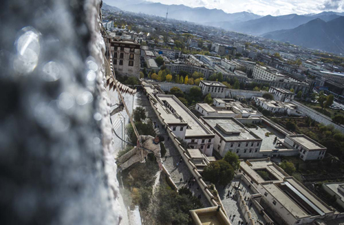 CHINA-TIBET-LHASA-POTALA PALACE-REPAINTING (CN)