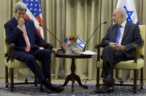MIDEAST-JERUSALEM-SHIMON PERES-JOHN KERRY-MEETING